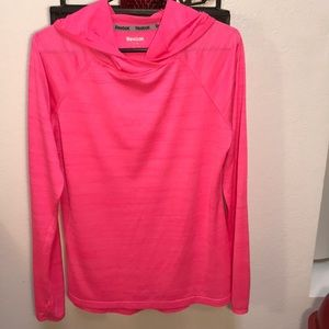 Reebok Pink pullover Workout Polyester hoodie MED